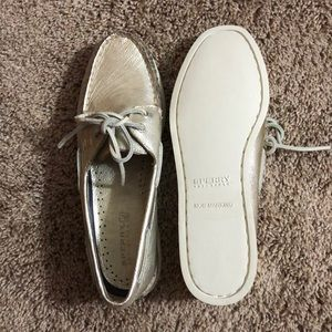 *NEVER WORN* Gold Metallic Sperry Boat Shoes